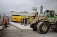 4. Het inladen van de betonelementen bij IJsselbeton.
